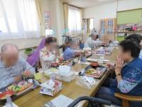 ニッケ・フエルト銀羊苑 「敬老の日の食事会」の画像